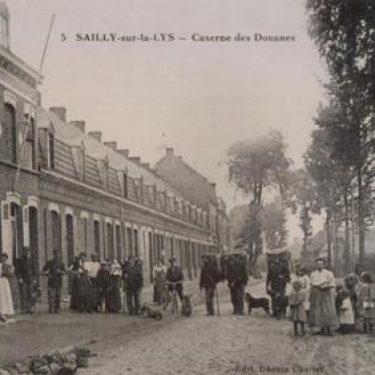 Une caserne des Douanes à Sailly-sur-la-Lys